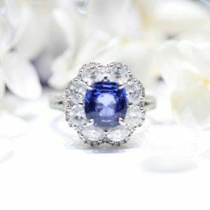18ct white gold blue sapphire & diamond ring
