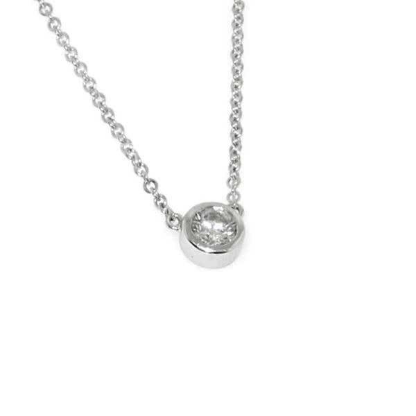 18ct white gold 0.18ct diamond bezel set necklace