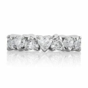 18ct white gold heart shape diamond band
