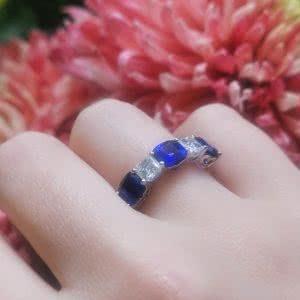18ct white gold cushion blue sapphires & Asscher diamonds ring