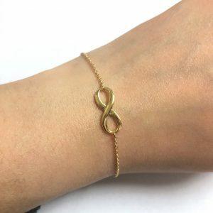 18ct yellow gold infinity bracelet