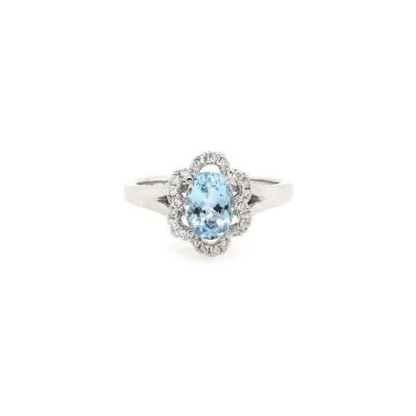 18ct white gold 0.83ct oval aquamarine and diamond ring