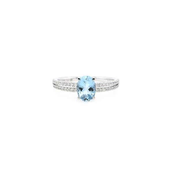 18ct white gold 0.77ct aquamarine and diamond ring