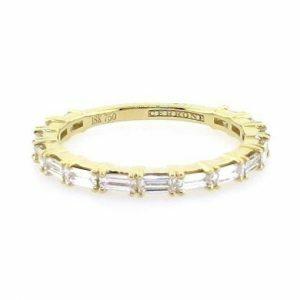 18ct yellow gold baguette diamond ring
