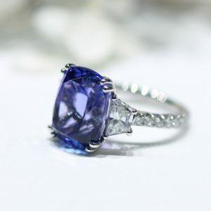 18ct white gold 10.47ct cushion cut tanzanite and diamond ring