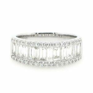18ct white gold diamond claw set ring