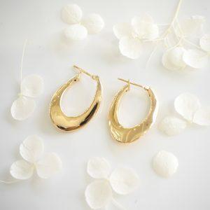 18ct yellow gold oval hoop earrings