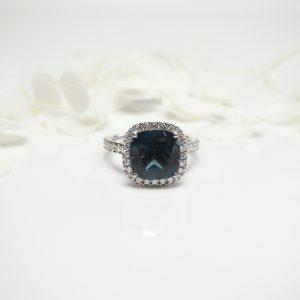 18ct white gold 4.30ct cushion cut London blue topaz and diamond ring