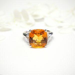 18ct white gold 6.57ct cushion cut citrine and diamond ring