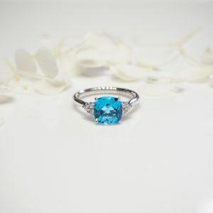 18ct white gold 2.28ct cushion cut Swiss blue topaz and diamond ring