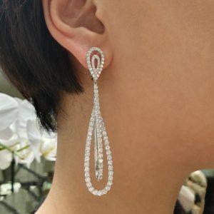 18ct white gold diamond claw set drop earrings