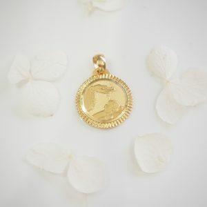 18ct Yellow Gold Baptism Medallion