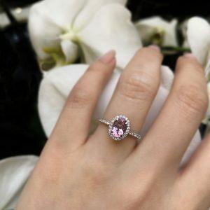 18ct white gold 0.86ct morganite and diamond ring