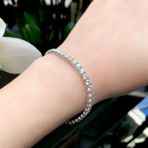 18ct white gold 45=9.19ct diamond tennis bracelet